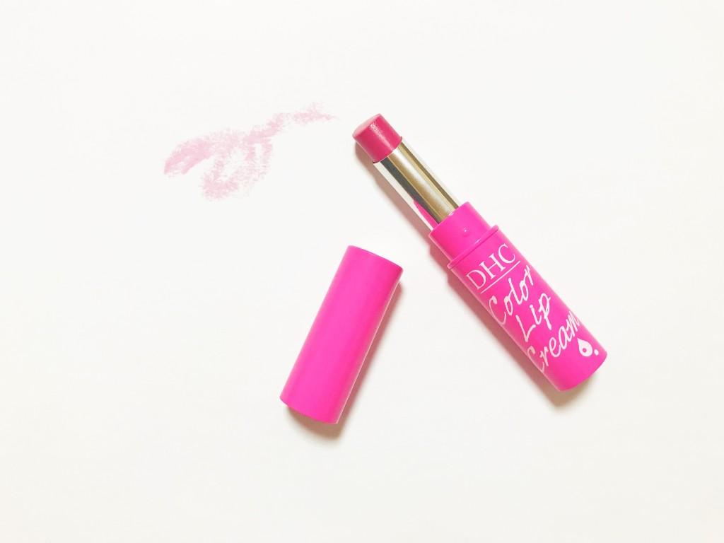 DHCの濃密うるみカラーリップクリーム(ピンク)の紙の上での発色