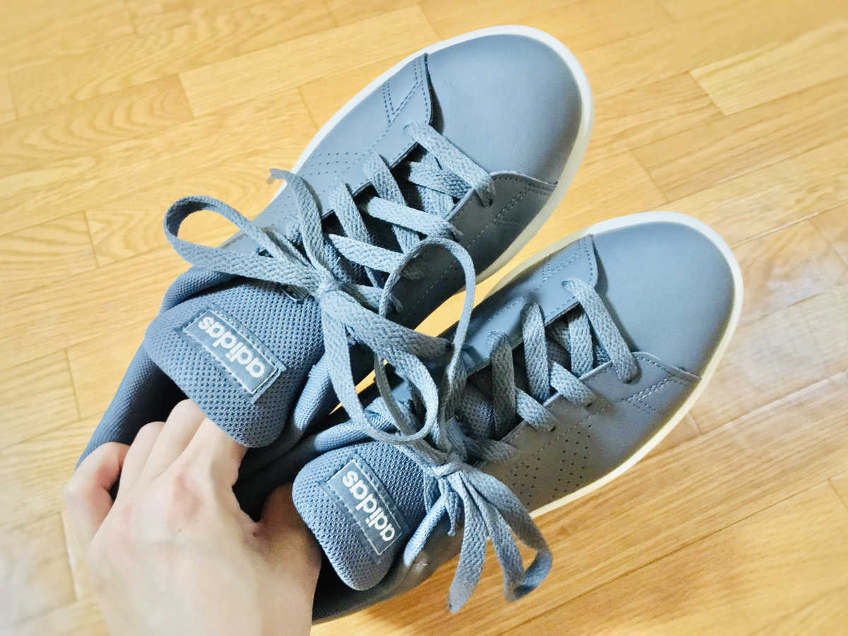 adidas(アディダス)のグレースニーカー